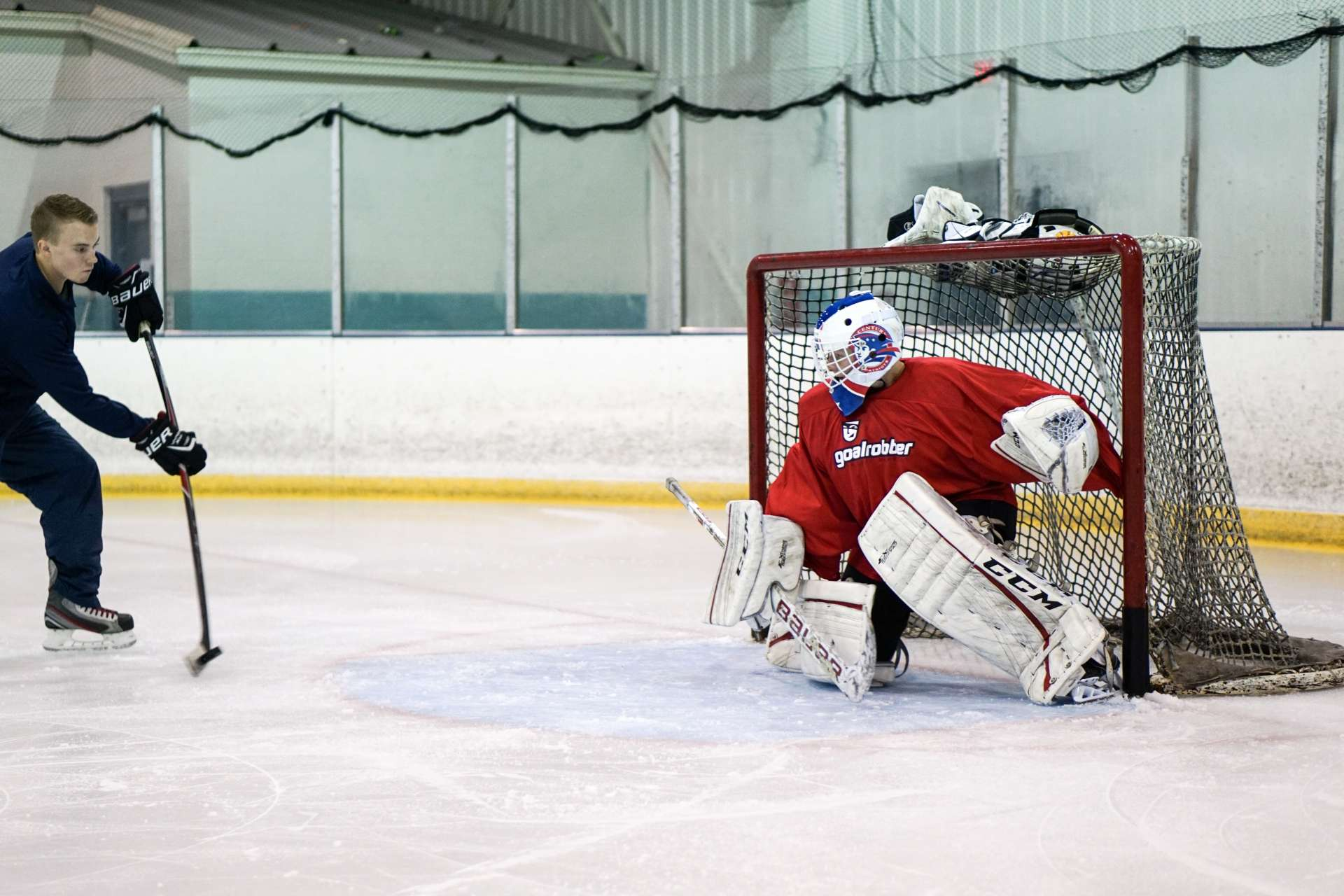 Elite Goalie Training Program Goalrobber Hockey Schools